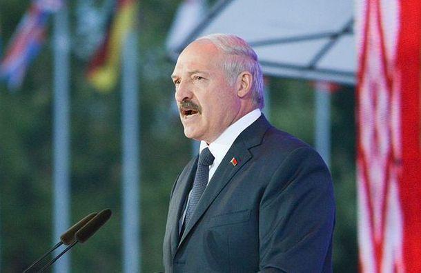 Лукашенко привел вполную боевую готовность часть вооруженных сил