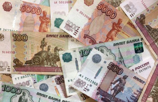 Петербургским медикам продлили выплаты заработу сбольными COVID-19