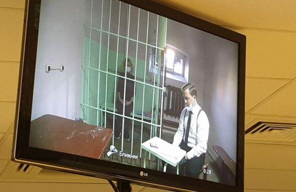 Суд оставил под арестом вдову расчлененного рэпера Картрайта