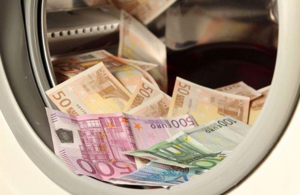 Бывший помощник Романа Коваля заявил, что получал невзятку, авозврат долга