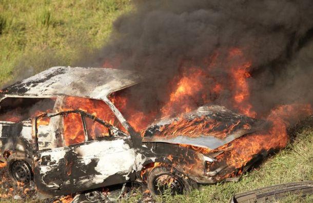 Наавтодороге «Нарва» заживо сгорел водитель