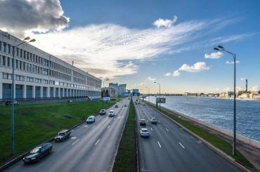 Ремонт Малоохтинской набережной перекроет автомобильное движение