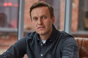 Навального экстренно госпитализировали сподозрением наотравление