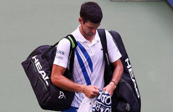 Нокаутировал судью: теннисиста Джоковича сняли стурнираUS Open