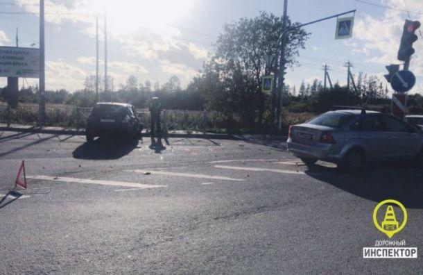 Две женщины пострадали ваварии под Гатчиной
