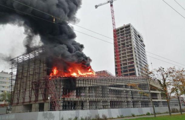 Пожар настройкеЖК «Аист» смогли потушить