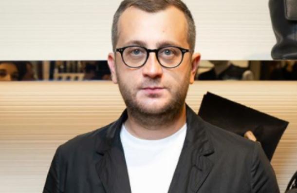 Сын директора Эрмитажа стал чиновником Смольного