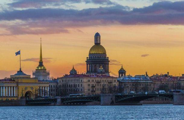 Петербуржцев ожидает теплый день без дождей