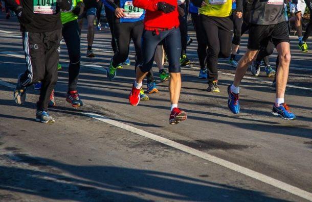 Всероссийский день бега перекроет движение вцентре Петербурга