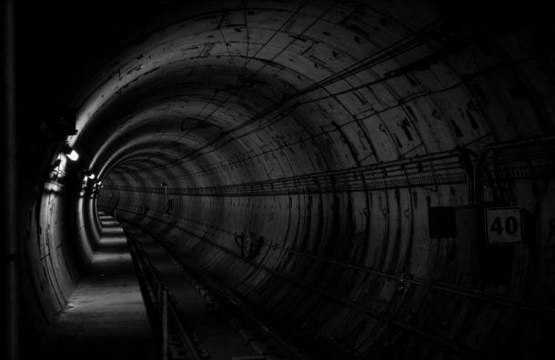 Замначальника метро Петербурга ушел напенсию