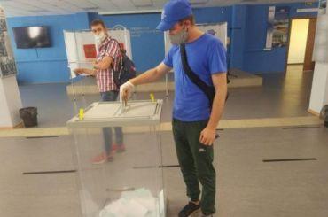 Более 500 тысяч человек уже проголосовали навыборах губернатора Ленобласти