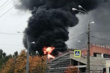 Петербуржцев напугал взрыв, горитЖК «Аист»