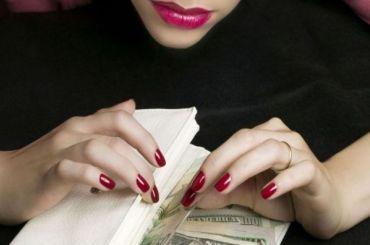Под прикрытием «второй волны» лжемедики обокрали пенсионерку