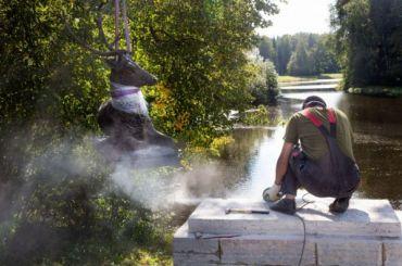 ВПавловский парк возвращают скульптуры отдыхающих оленей