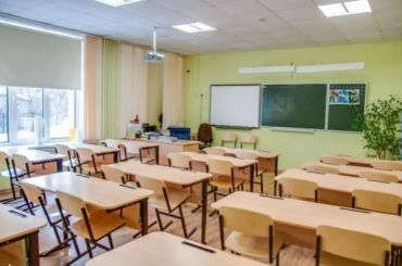 Роспотребнадзор: школы вПетербурге могут закрыть из-за коронавируса