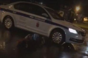 Уходивший отполицейской погони Hyundai врезался вдерево