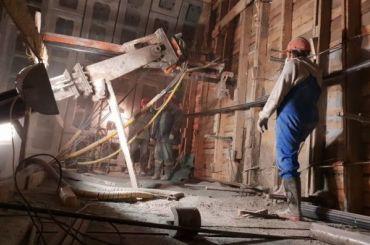 Рабочим Метроподземстроя выплатили зарплаты заиюнь ииюль