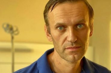 «Сварил накухне «Новичок»: Навальный ответил напутинскую версию оботравлении
