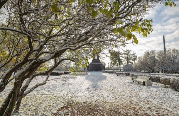 Петербург окажется вовласти циклона, вечером может пойти снег