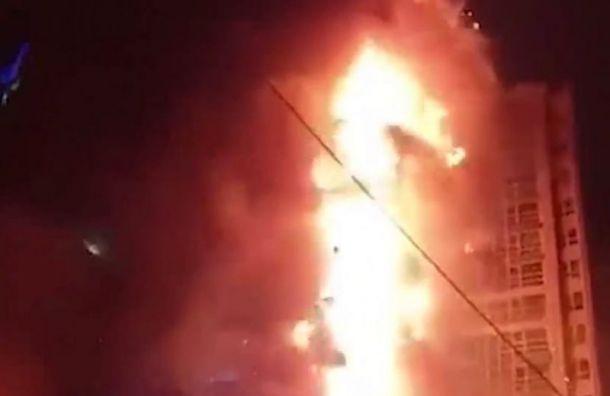 Видео: вЮжнокорейском Ульсане полыхает 33-этажный небоскреб