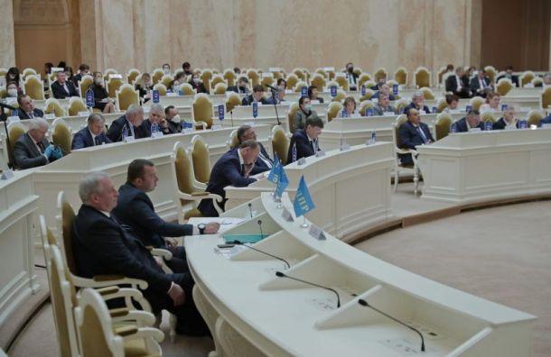 Депутаты ЗакСа решили узнать уБеглова сроки обновления списка ЗНОП