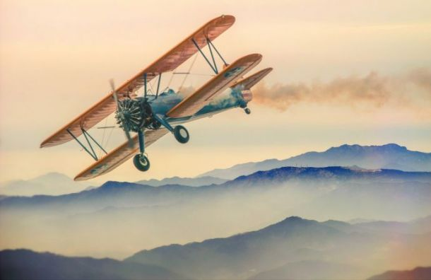 ВЛомоносове легкомоторный самолет совершил аварийную посадку