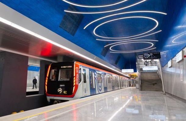 Власти Москвы пообещали непускать вметро пассажиров стемпературой