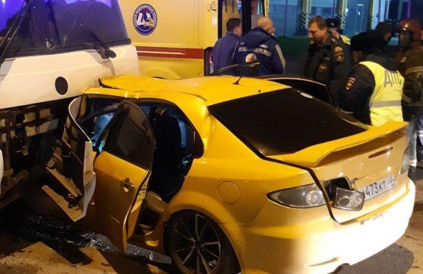 Пьяный водитель вылетел навстречку иустроил смертельное ДТП