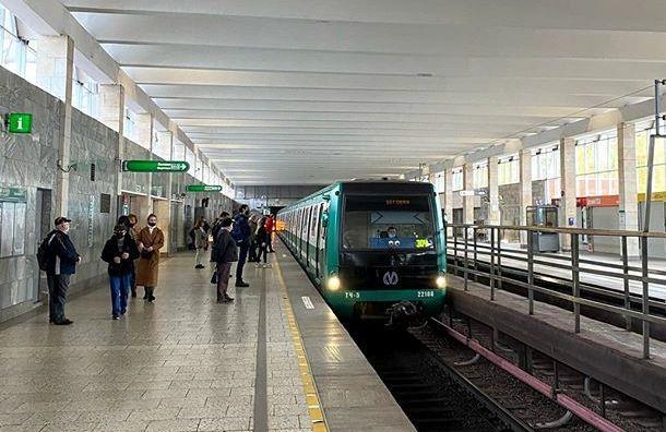 ВТБ поможет строить петербургское метро