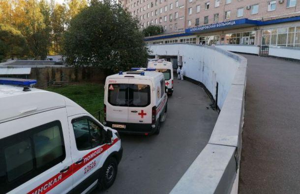 ВПетербурге коронавирусом заразились 358 человек