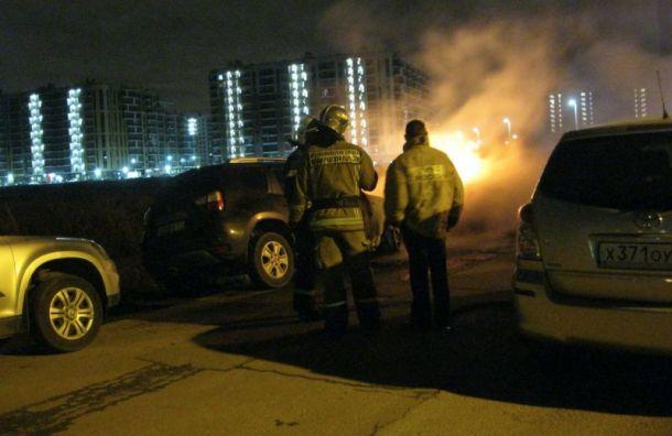 Ночью вБуграх сгорели два автомобиля