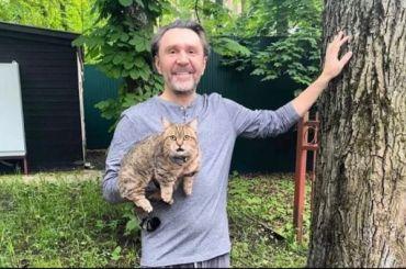Шнуров заявил, что ему лень идти навыборы вГосдуму