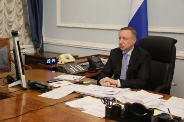 Беглов обратился кМурашко спросьбой выделить дополнительные койки