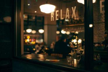 Работу ресторанов ибаров Петербурга хотят ограничить повремени