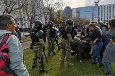 ВХабаровске 92-й день протестов: Росгвардия впервые применила силу