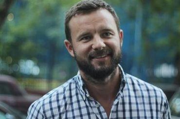 Политолог Виталий Шкляров отпущен изСИЗО вМинске