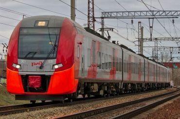 Дополнительные поезда запустят между Петербургом и«Рускеалой» вначале года
