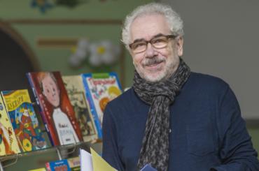 Известный детский поэт Михаил Яснов умер вПетербурге