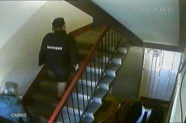 Полицейские исотрудники органов опеки нагрянули кглавредуМК вПетербурге