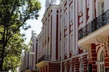 «Студия 44» Никиты Явейна получит 430 млн рублей отСПбГУ