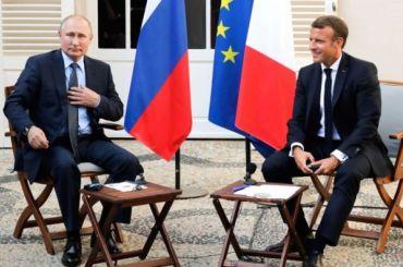 Путин обсудил сМакроном ситуацию вНагорном Карабахе