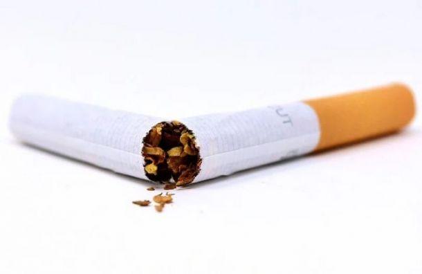 Роспотребнадзор: Укурильщиков COVID-19 чаще протекает втяжелой форме