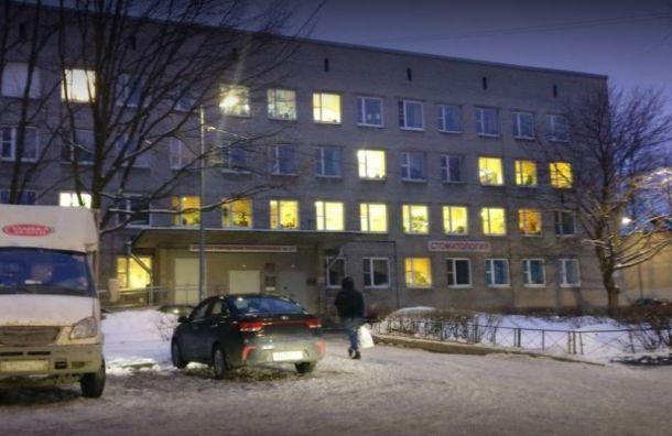 Московский район начал выдавать бесплатные лекарства больным COVID-19
