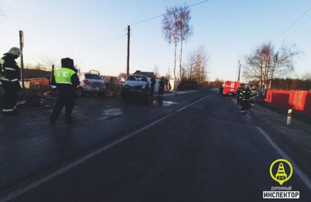 День жестянщика: Пять человек пострадали вДТП вЛенобласти