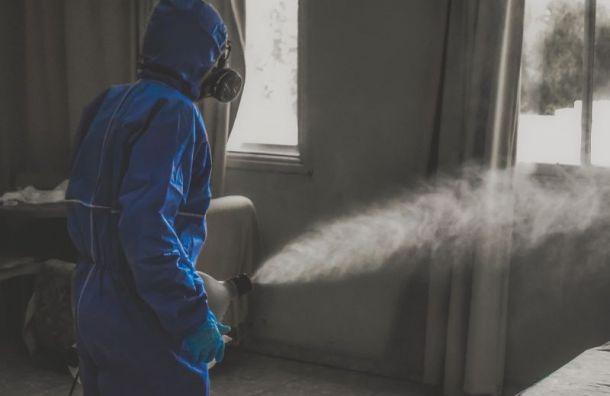 Эксперты назвали профессии, повышающие риск заразиться коронавирусом