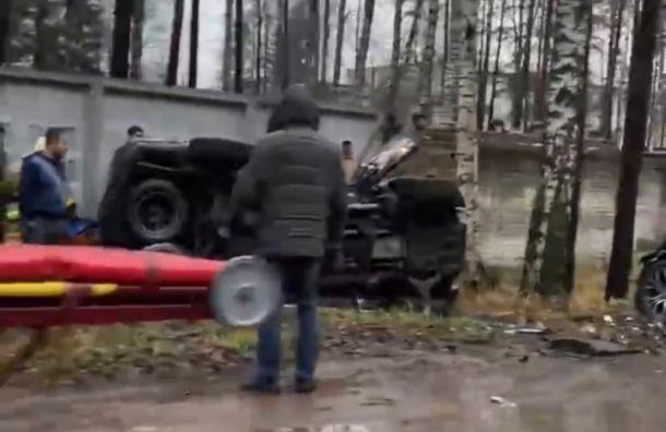 Два внедорожника разбились вВыборгском районе