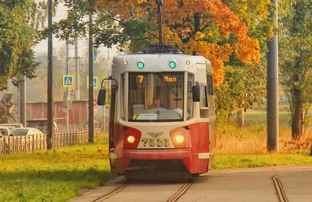 Смольный отремонтирует трамвайные пути на Энгельса за 136 млн рублей