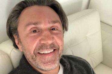 Шнуров заявил, что оштрафовал Канделаки после интервью сТурчаком