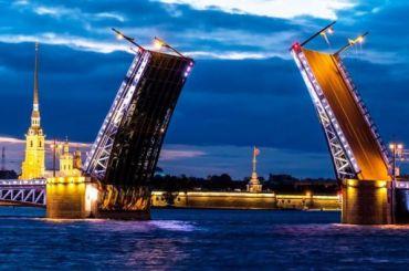 Разводку мостов вПетербурге отменили наДень народного единства