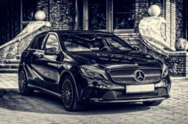 Mercedes основателя сервиса «Купибилет» скрылся сместа ДТП